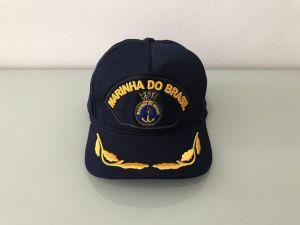 """Fivela metal de ouro velho, personalizada """"Marinha do Brasil""""."""
